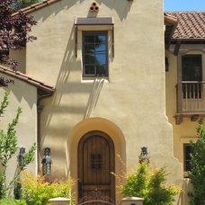 Mediterranean Entry Spanish Style Houses