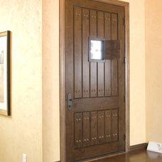 Mediterranean Entry by Radue Homes Inc.
