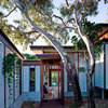 Houzz Tour: Settling Into Peregian Beach