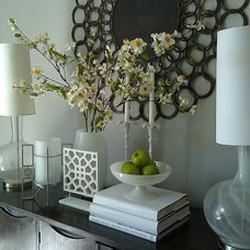 Contemporary Entry by FOCAL POINT STYLING