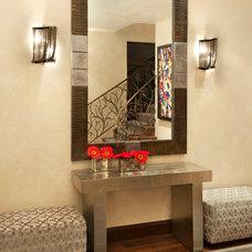 Modern Entry by Robyn Scott Interiors, Ltd.