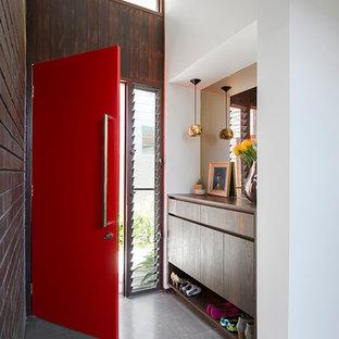 パースのコンテンポラリースタイルのおしゃれな玄関の写真
