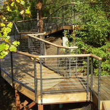 Modern Entry by Stainless Cable & Railing, Inc.