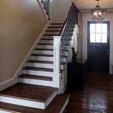 Traditional Entry by David Baca Studio, LLC