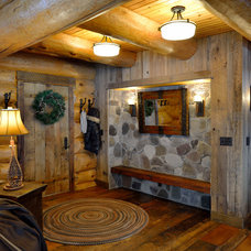Rustic Entry by Lake Country Builders