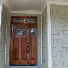 Craftsman Entry by Built Strong Renovations LLC