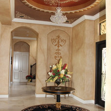 Traditional Entry by Edgewater Design LLC