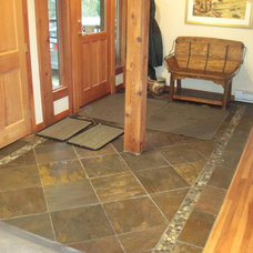 Traditional Entry by Creekside Tile Company Ltd.