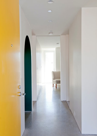 Contemporary Entry by Novell Design Build