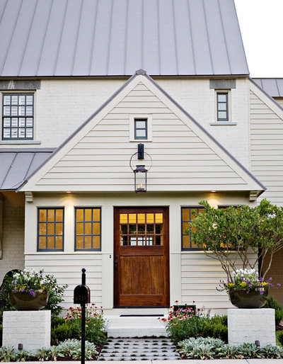 Traditional Entry by T-Olive Properties