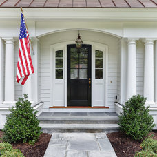 Traditional Entry by DeRosa Builders LLC