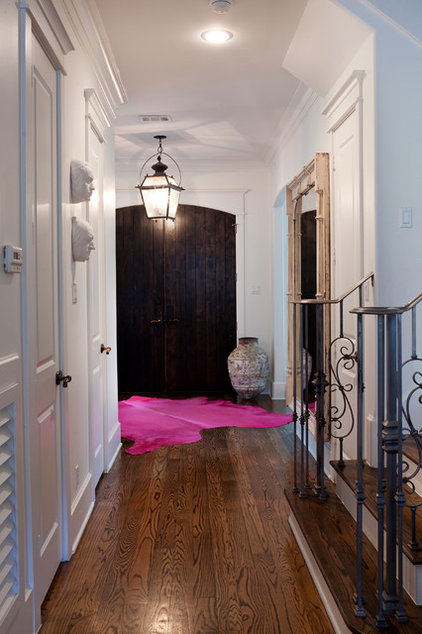 Transitional Entry by Sally Wheat Interiors