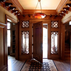 Craftsman Entry by Taylor Lombardo Architects