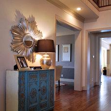 Modern Entry by Lilli Design