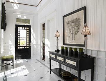 The Amber Front Door Entryway by Alvarez Homes - New Home Builders in Tampa FL