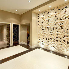 Tropical Entry by Masonry Design Solutions Ltd