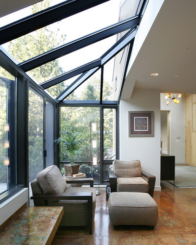 Contemporary Entry by Castanes Architects PS