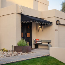 Contemporary Entry by Coffman Studio