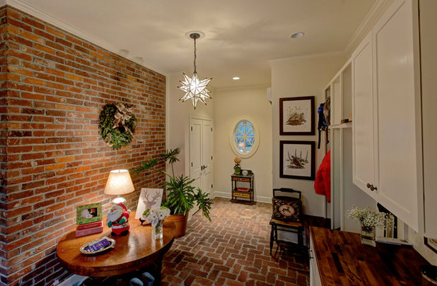 American Traditional Entry by J.E. Kelley Designs