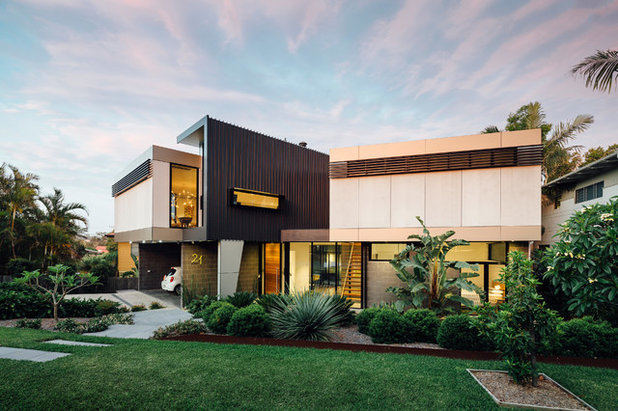 Contemporary Entry by Ned Architecture & Design