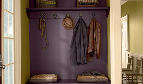 What Goes With Purple Walls?