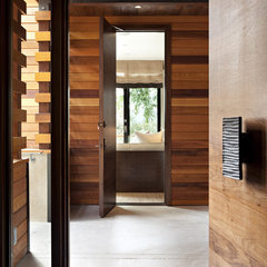 modern entry by SB Architects