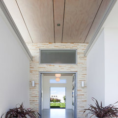 modern entry by Andre laurent