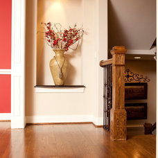 Traditional Entry by J&K Custom Homes