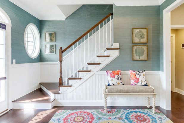 Transitional Entrance by Echelon Interiors