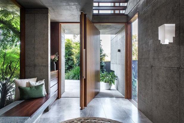 Modern Entrance by Kalka