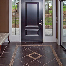 Traditional Entry by Imagine Your Home Inc