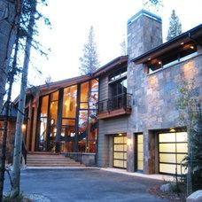 Modern Entry by Tremmel Design Group