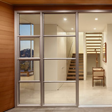 Contemporary Entry by Nick Noyes Architecture