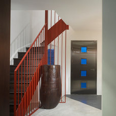 Modern Entry by The Ley Group