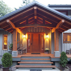 Craftsman Entry by Island Timber Frame