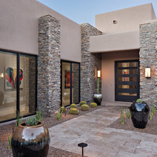 Contemporary Entry by Rains Design