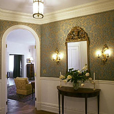Traditional Entry by Tobin + Parnes Design Enterprises