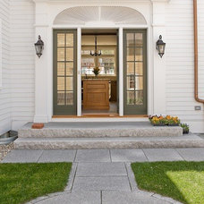 Traditional Entry by Wilson Kelsey Design