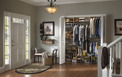 Professional Tips for Cleaning and Organizing Your Closet