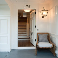 Traditional Entry by GEREMIA DESIGN