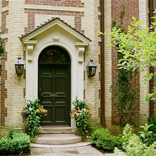 Traditional Entry by Jennifer Hayman Design Group