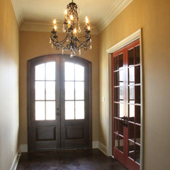 traditional entry by Manuel Builders, LLC