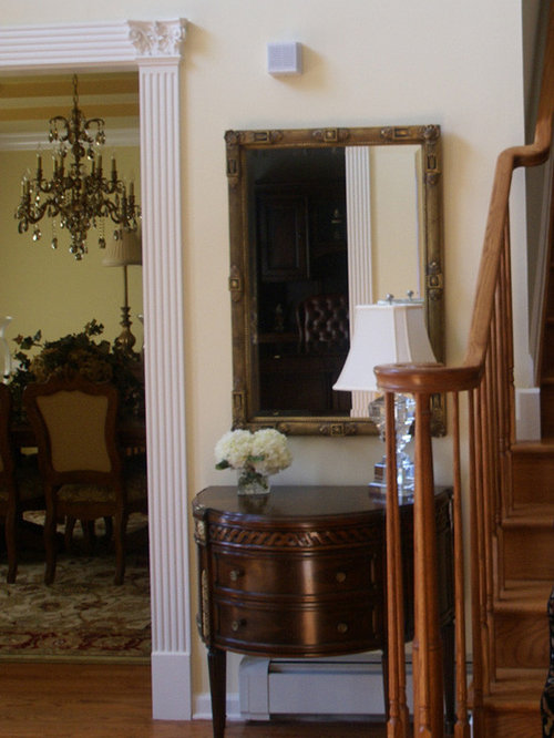 Houzz foyer entry furniture design ideas remodel pictures for Traditional foyer decorating ideas