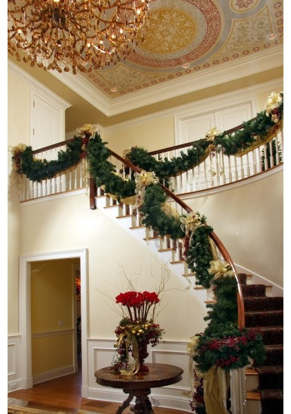 Traditional Entry by Sharon McCormick Design