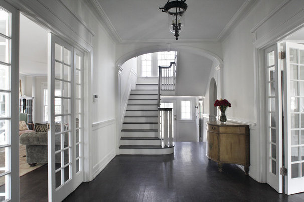 Traditional Entry by Premiere Contractors