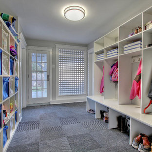 Inspiration for a transitional mudroom remodel in New York
