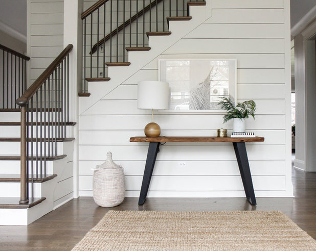 Transitional Entry by Park and Oak Design