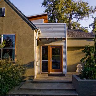 Свежая идея для дизайна: прихожая в современном стиле с стеклянной входной дверью - отличное фото интерьера