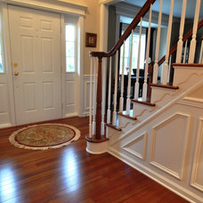 Traditional Entry by Home Trimwork