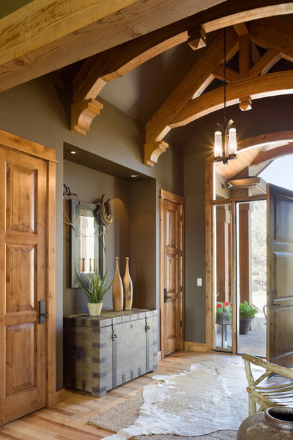 Rustic Entry by Alan Mascord Design Associates Inc